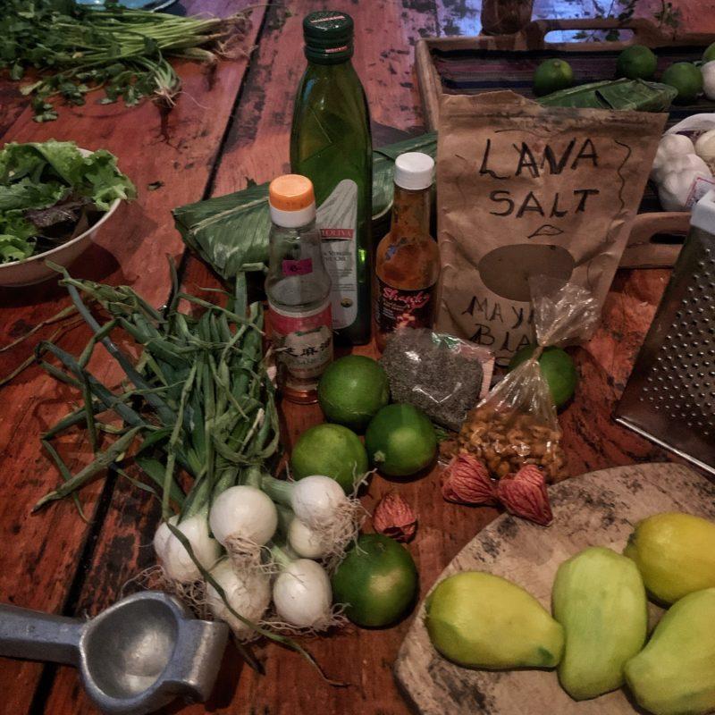 Zutaten für den Green-Mango Salat